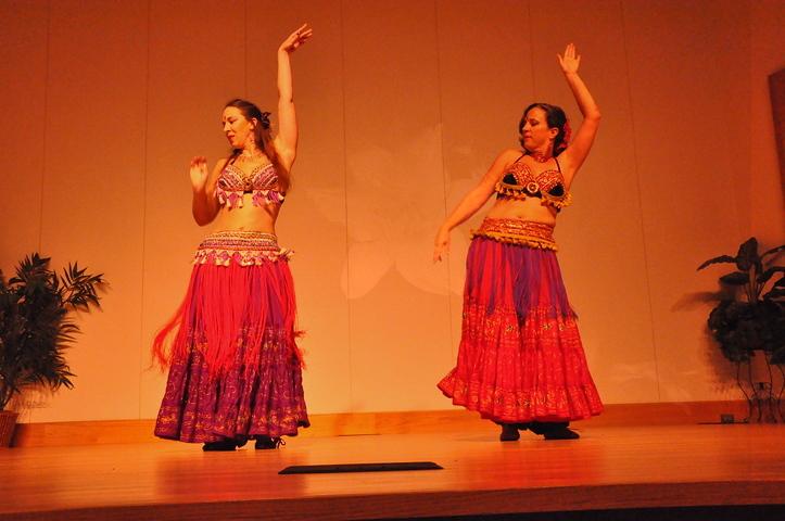 8-11-2012 Dance Showcase with Mohamed Shahin 294 (131)