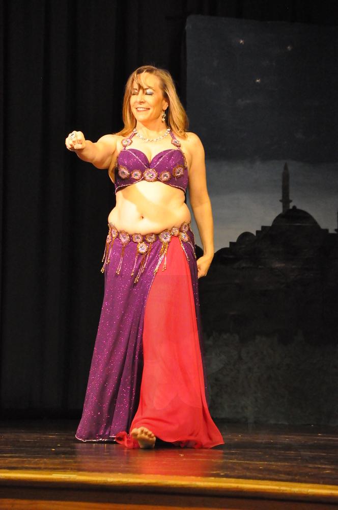 Troupe Sholeh Recital 6-2-2013 419