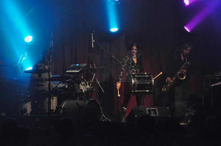 5-5-2012 Beats Antique 427