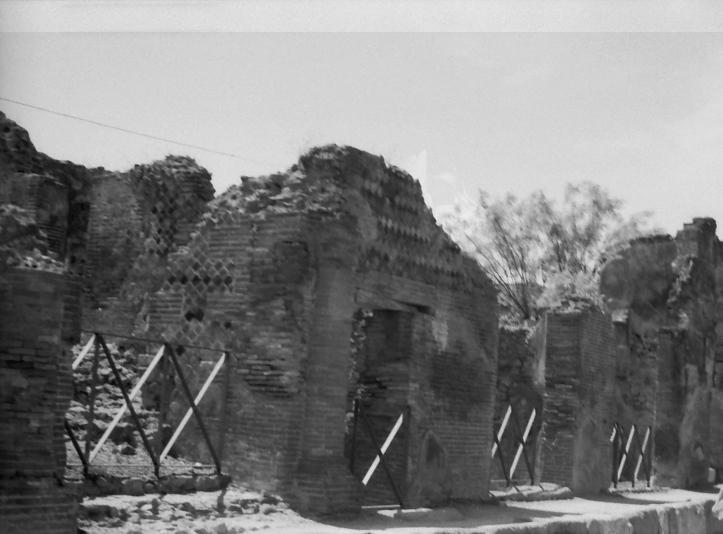 13 Pompeii