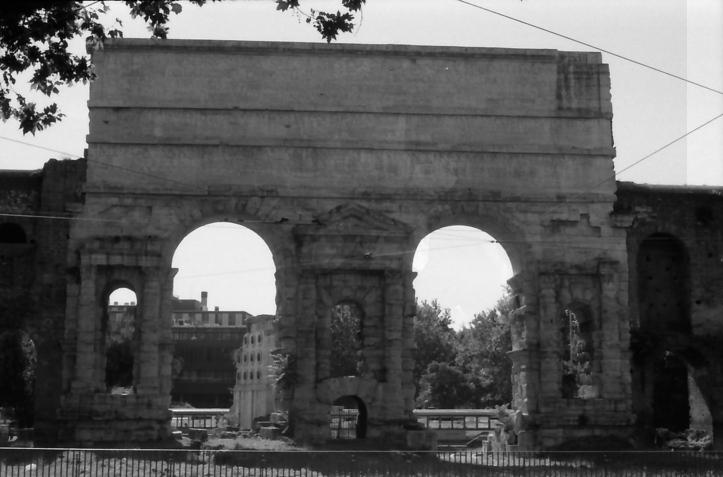 8 Rome ruins