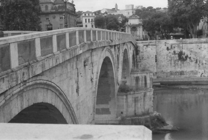 34 Rome River Tiber