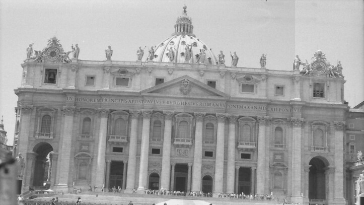 24 Rome St Peter's Basilica