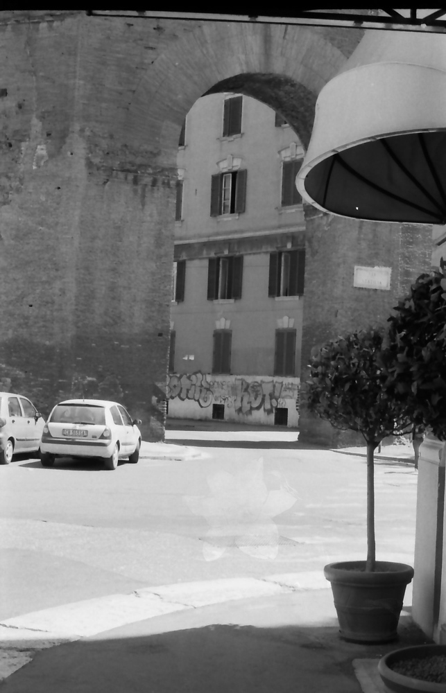 7 Rome ruins arch