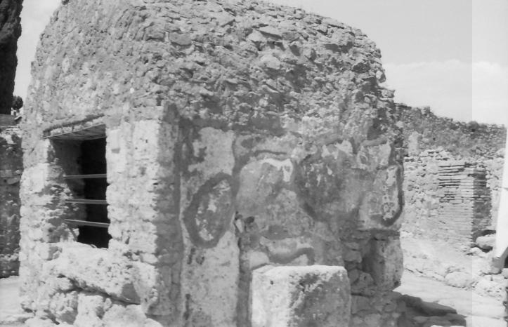 18 Pompeii